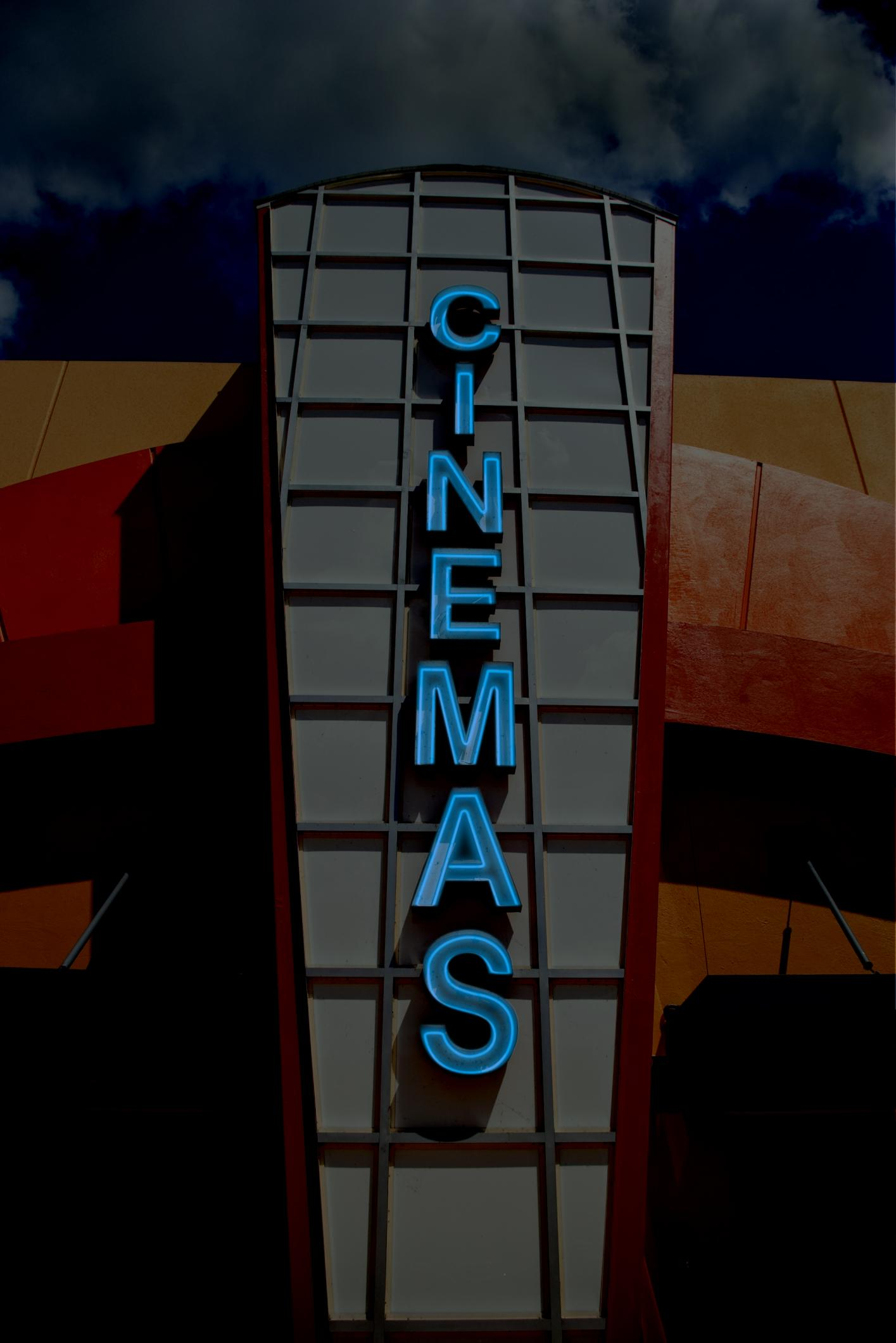 Lawsuits Allowed Against Aurora Cinemark Theater - TENNESSEE